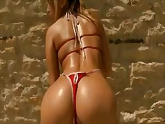 Updatetube Movie:Super hot compilation vid of some