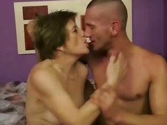 Sun Porno Movie:Young man fucking hot granny