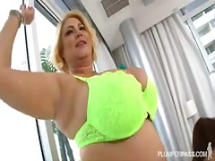 Busty bbw pornstars samantha 38g and ...