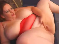 AlotPorn Movie:Fat and busty mature bbw getti...