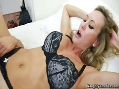 Brandi love seduces a ...