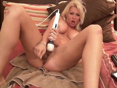 Blond cums on cam dild... - Private Home Clips
