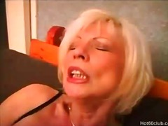 Thumb: Mature granny toying