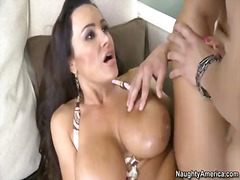 Lisa ann is a nice looking