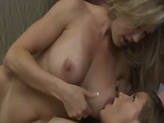 Hot 40yo cougar crave ... video