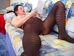 Lady shows all 93