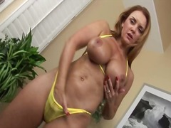Nasty babe fisting her... video