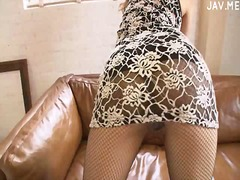 See: Randy brunette lady in...