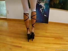 Lovely sheena shaw is doin... - 05:00