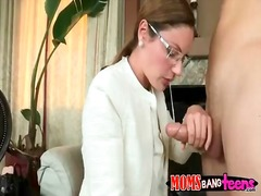 Sun Porno Movie:Stepmom caught ava hardy fucki...