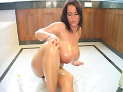 Bea flora oiled in lov...