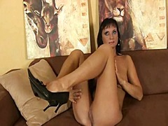 Hot soccer mom works h...