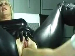Sun Porno Movie:Super hot milf fisted like crazy