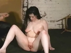 Sun Porno Movie:Slave abuse in infernal dungeon!