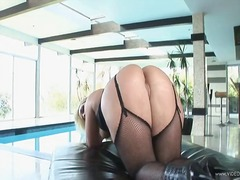 Sensual flower tucci g... video