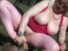 Fat mature masturbate outdoor
