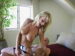 Dasha rides on top video
