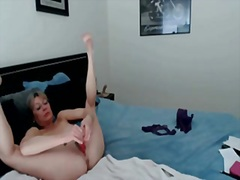 Private Home Clips Movie:Pounding my MILF slit with a s...