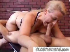 Blonde bbw girl deep d... video