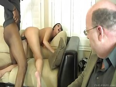Honey white gets a never ending banging from a pulstating giant black shafted sean as jones a turned on watching