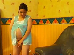 Thumb: Pregnant woman gets horny