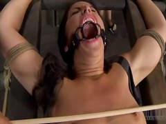 Yobt Movie:Upside down pussy gives blow t...