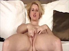 Blonde milf mature gra...