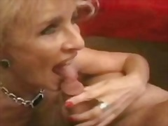 My mom is mature and k... - Sun Porno