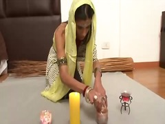 Sun Porno Movie:Sexy indian wife prefers hard ...