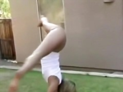 Private Home Clips Movie:USA Cheerleader Does Her Moves...