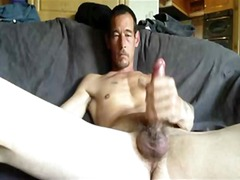 See: Filthy guy wanking big...