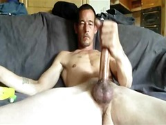 Filthy guy wanking big...