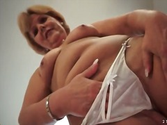 Mom strips off white l...