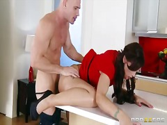 Syren de mer enjoys th...