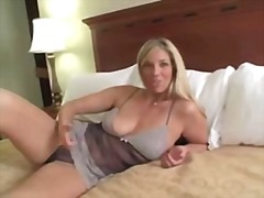 Xhamster Movie:Joi step-mom