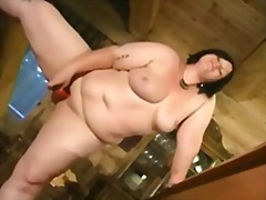 Pussy bbw plays on poo... video