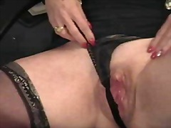 Plump mature chick car... video