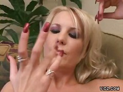 Over Thumbs Movie:Blonde slut can almost cum on ...