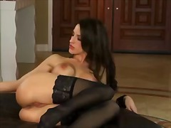 Kortney kane with gigantic tits and trimmed cunt cant live a day without fingering her muff