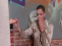Spray painter gets sprayed - 03:00