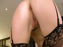 Blonde samantha ryan taking vibrator in her hole
