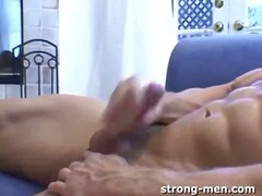 BoyFriendTV - Hot dude whacking off