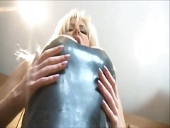 Blonde dominatrix in latex... - 07:10