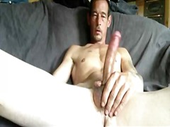 Horny dude wanking big...