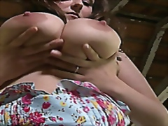 Steffi Busty Lactating Milf,l milking...