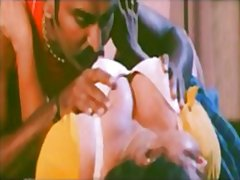Mallu aunty pressed in... video