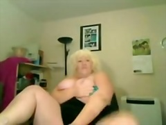 Large Titts Granny in ...