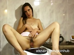 PornHub Movie:Housewife fingers her pussy in...