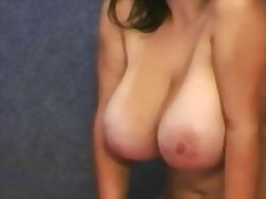 Busty Amateur Zoey on Cam video