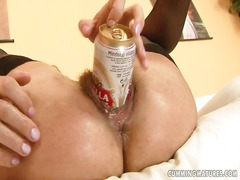 Ah-Me Movie:A slutty babe uses a can of be...